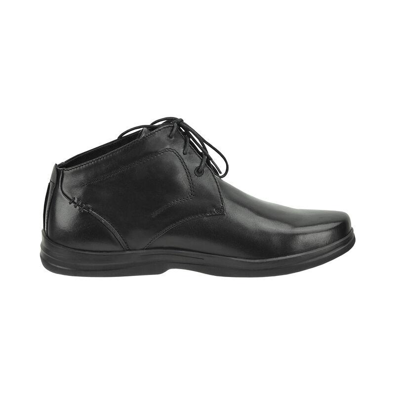 Dustin Chukka Boot
