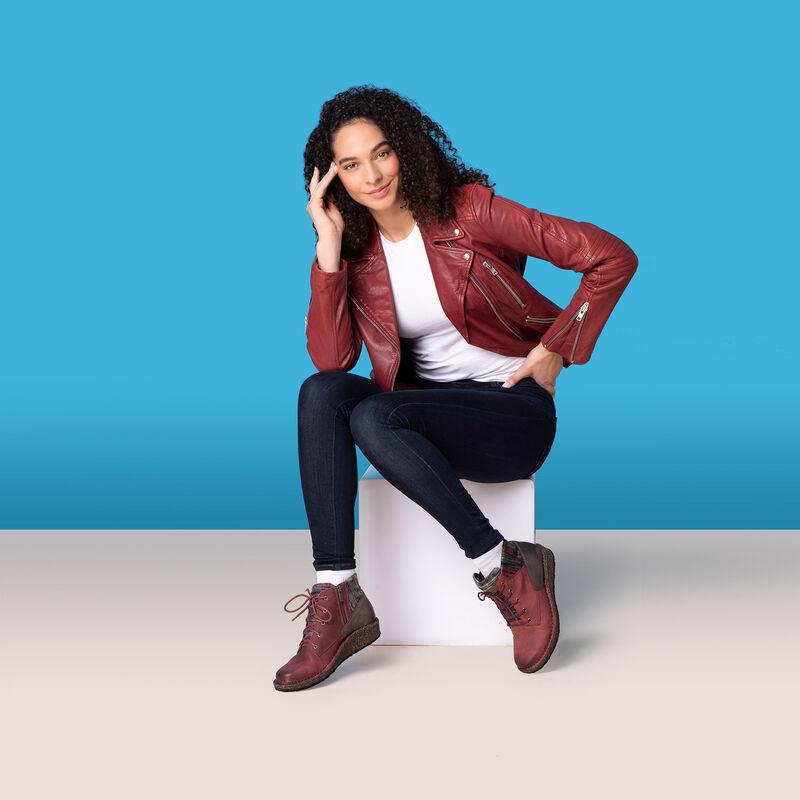 Jolie Sweater Boot