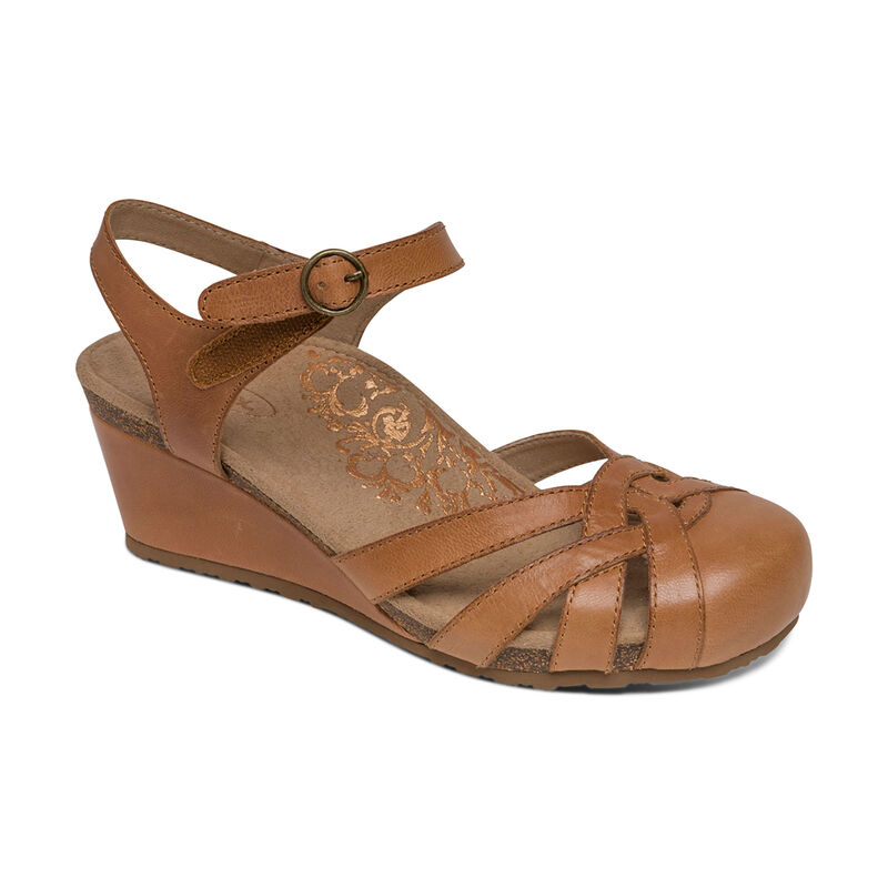 Lindsay Closed Toe Wedge
