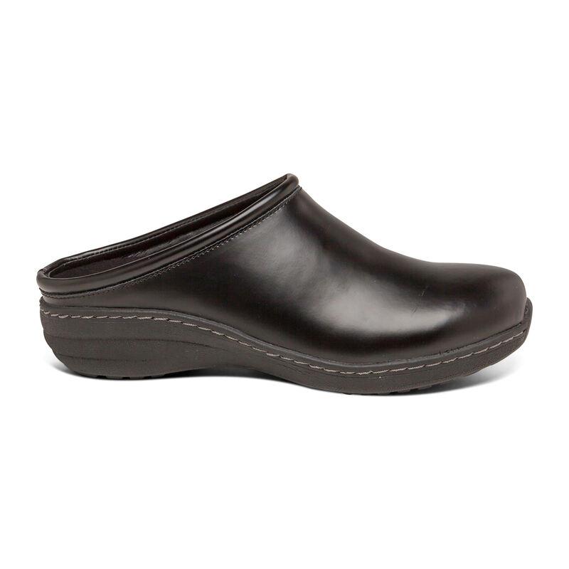 Robin Slip Resistant Clog