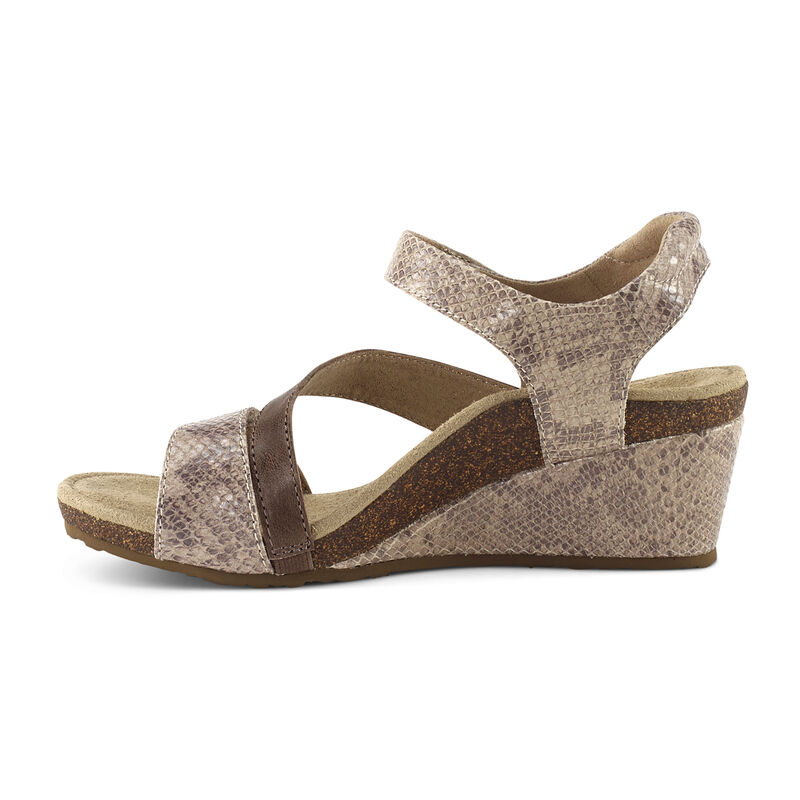 Brynn Quarter Strap Wedge