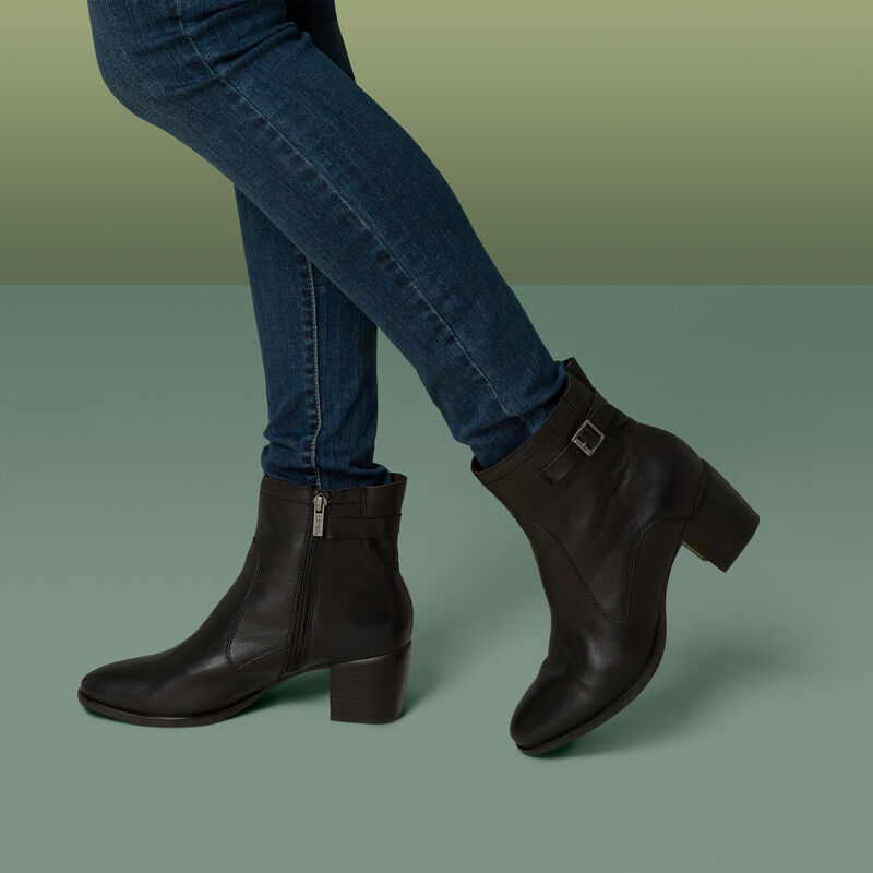 Rubi Arch Support Weatherproof Boot
