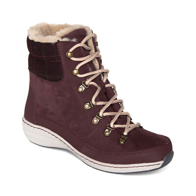 Jodie Boot